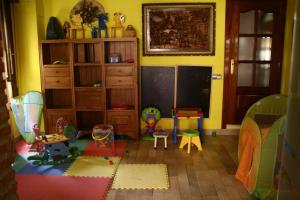 Club infantil en Hotel Restaurante Valdevenados