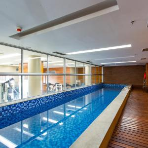 The swimming pool at or close to Flat Vision Hoteleiro Norte