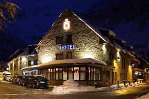 Hotel Vilagaros during the winter