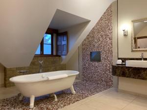 A bathroom at South Lodge