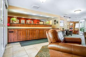 The lobby or reception area at Quality Inn & Suites Evergreen Hotel