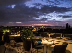 A restaurant or other place to eat at Sofitel Roma Villa Borghese