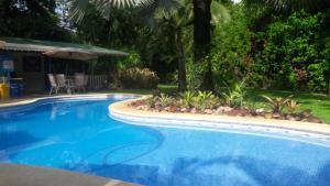 Piscine de l'établissement Playa Negra Guesthouse ou située à proximité