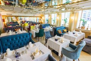 Ресторан / где поесть в Голден Румс Отель
