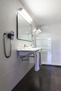 A bathroom at Hotel Dimar