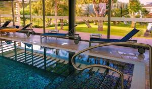 A piscina em ou perto de Solar de Boaventura