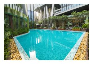 The swimming pool at or close to The Mira Central Park Hotel
