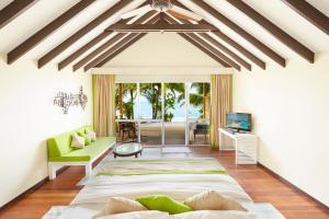 Część wypoczynkowa w obiekcie Kuredu Island Resort & Spa