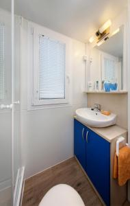 Koupelna v ubytování Albatross Mobile Homes on Camping San Francesco