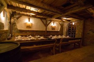 Restoran ili neka druga zalogajnica u objektu Apartments Ribarica