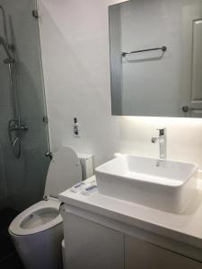 Ванная комната в Alona Studio Bungalow