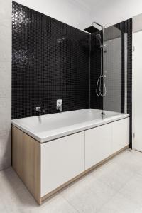 A bathroom at Martin Boutique Hotel