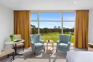Гостиная зона в Parkside Motel Geelong