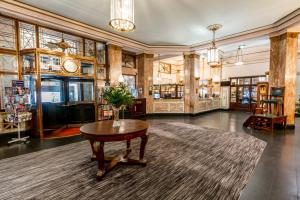 The lobby or reception area at Adelphi Hotel