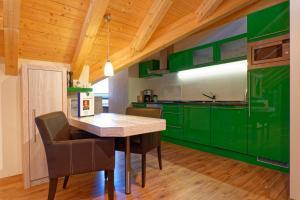 Küche/Küchenzeile in der Unterkunft Oberstdorfer Residenz 1