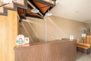 The lobby or reception area at OYO 535 Cileunyi Residence Syariah