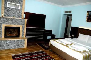 تلفاز و/أو أجهزة ترفيهية في فندق هيل ريفير