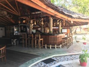 Lounge oder Bar in der Unterkunft PRINCE JOHN DIVE RESORT