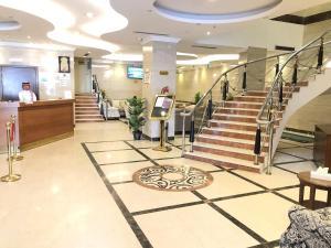 منطقة الاستقبال أو اللوبي في فندق دار الشهداء