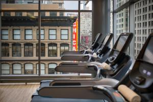 The fitness center and/or fitness facilities at theWit Chicago, A DoubleTree by Hilton Hotel