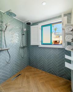 A bathroom at H10 Playa Esmeralda - Adults Only