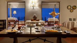 Um restaurante ou outro lugar para comer em Pousada de Marvao