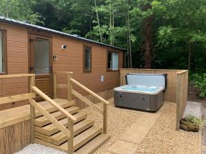Spa and/or other wellness facilities at Herons Lake Retreat Lodges
