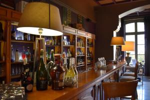 The lounge or bar area at Domaine de Joinville