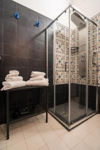 A bathroom at B&B D'Angleterre