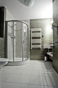Łazienka w obiekcie Hotel Szara Willa