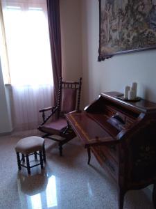 A seating area at Il Nido del Cuculo