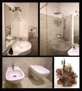 A bathroom at Hotel Urri