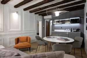 Coin salon dans l'établissement San Marco Suite 755