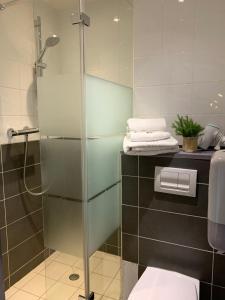 Salle de bains dans l'établissement Le Relais de la Vanoise