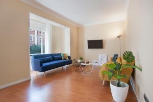 A seating area at Bbarcelona Apartments Sagrada Familia Flats