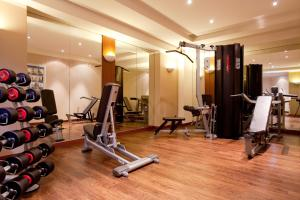 The fitness center and/or fitness facilities at Vienna House Sonne Rostock