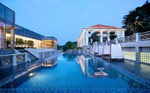 The swimming pool at or near Hotel Fort Canning