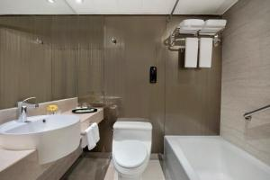 A bathroom at The Kowloon Hotel