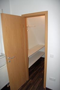 A bathroom at Ferienwohnung Brandheide