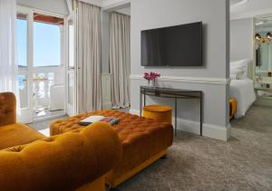 A television and/or entertainment center at Palace Elisabeth, Hvar Heritage Hotel