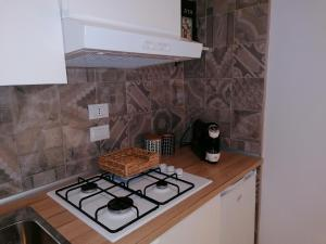 A kitchen or kitchenette at B&B Le Rose
