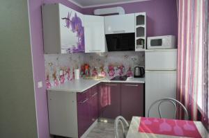 Кухня или мини-кухня в 1-к квартира на Поспелова, 15