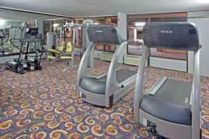 The fitness center and/or fitness facilities at Holiday Home Park Central Port Arthur