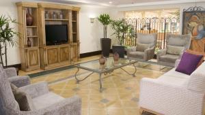 Lounge oder Bar in der Unterkunft Holiday Inn Express Monterrey Galerias-San Jeronimo, an IHG Hotel