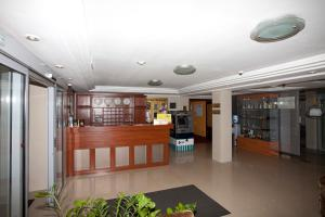 Лобби или стойка регистрации в СеверСити гостиница