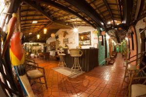 A restaurant or other place to eat at Pousada Sonho da Lagoa