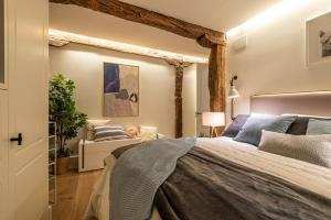 A bed or beds in a room at NEW SOHO by STAYNN APARTMENTS
