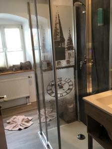 A bathroom at Landhaus Krone