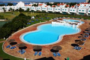 Vista de la piscina de Prainha Clube o alrededores