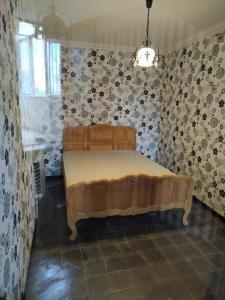 Cama ou camas em um quarto em Hope Lake city Apartment
